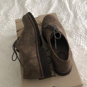 BOC tie shoes